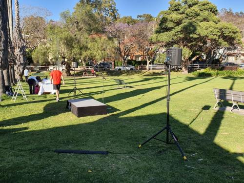 Bose S1 battery powered speakers + staging at Mary's House fun walk at Kirribilli.
